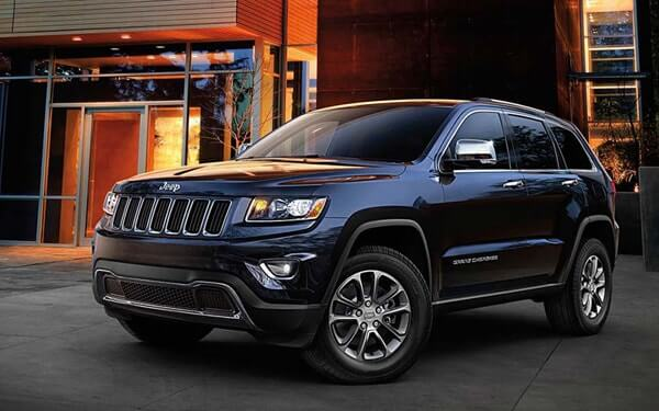 2015 Jeep Grand Cherokee like the one involved in the Chrysler recall, which killed Anton Yelchin