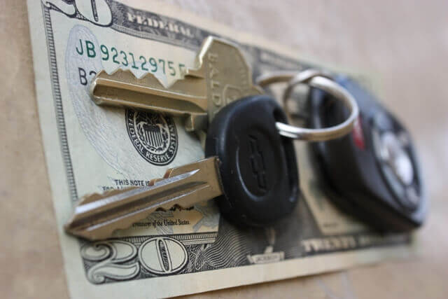keys with money for car financing