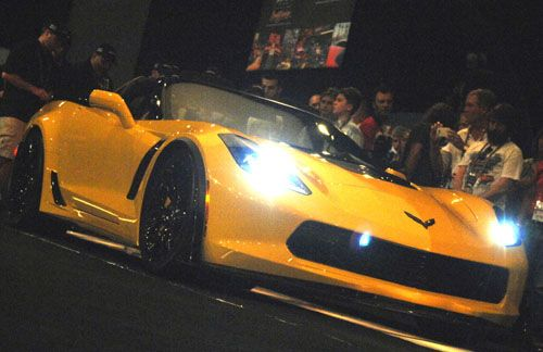 First 2015 Production Corvette Z06 at Barrett-Jackson auction - Picture 1