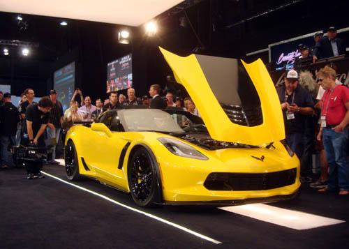 First 2015 Production Corvette Z06 at Barrett-Jackson auction - Picture 3
