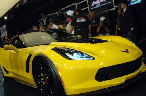 First 2015 Production Corvette Z06 at Barrett-Jackson auction - Picture 6