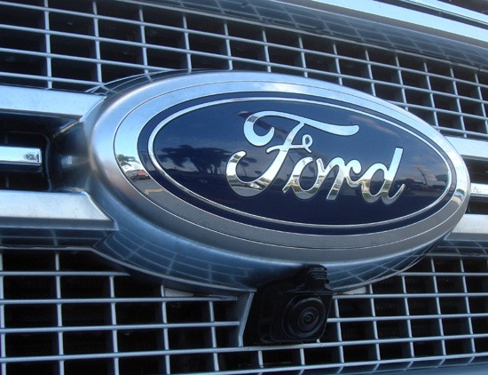 2015 f-150 ford badge on grill