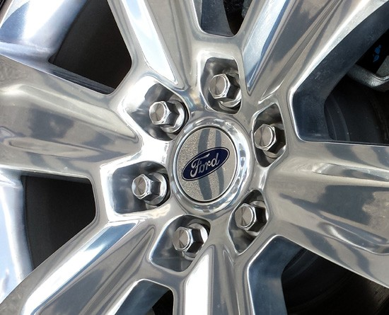 2015 f-150 wheel closeup
