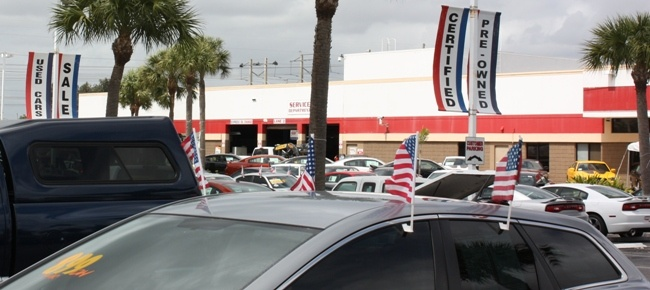 Memorial Day Car Deals: Use Caution Shopping Memorial Day Car Sales